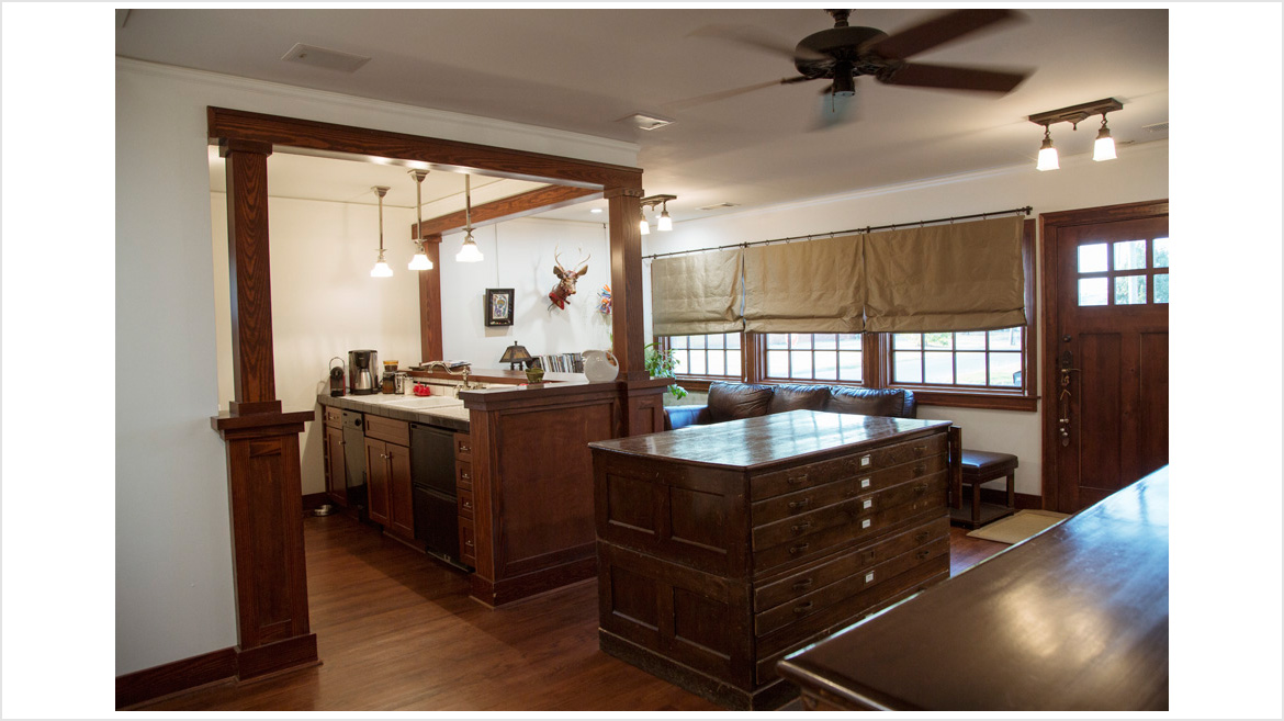 Kitchen_FrontRoom_B4A9798_V1LoRes50